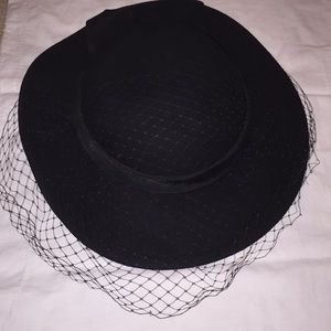Betmar vintage hat with lace 239a2dd9e15